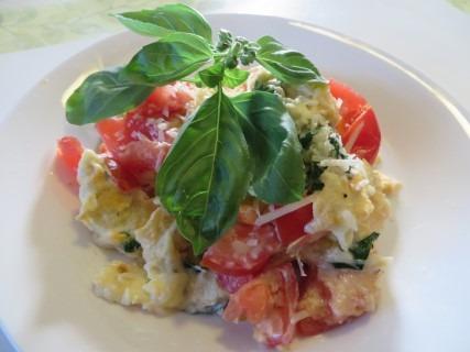 Bruschetta Scrambled Eggs Recipe 024 (Mobile)