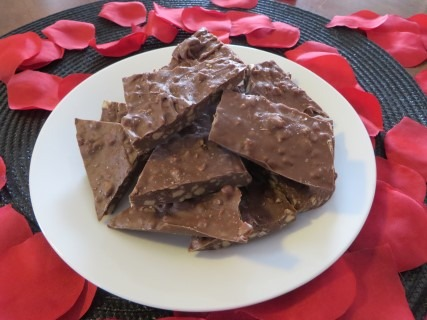 Salted Chocolate Toffee Bark Recipe 114 (Mobile)