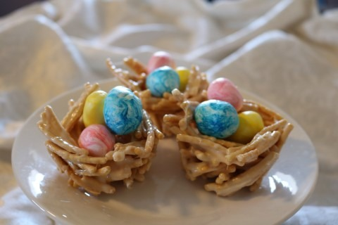 Candy Easter Egg Nests Recipe 095 (Mobile)
